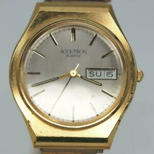 Vintage Bulova Accutron Mens Quartz Watch Parts or Repair Ormet Service Award