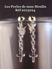 1 Paire Boucles d'Oreille Mini Croix Sur Chainette  / 2013024