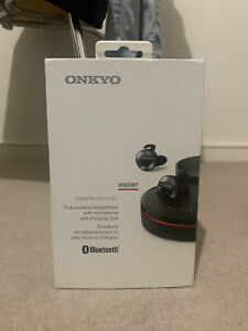 ONKYO W800BT Black Bluetooth Earphone Left Right Separation Canal type NEW