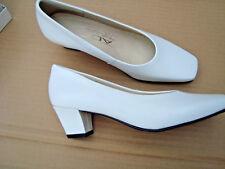 ADF --Womens White Dress shoes size 5.5B