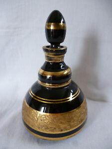 Böhmen edle antike Karaffe ausgeschliffenes Muster gefüllt mit Gold