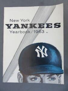 1963 NY YANKEES YEARBOOK Jay Publishing -  Mantle, Maris, Ford, Boyer, Berra-