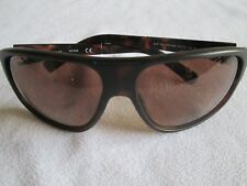 Guess brown tortoiseshell frame sunglasses. GUF 130.