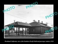 OLD LARGE HISTORIC PHOTO OF WOODLAND CALIFORNIA, THE SP RAILROAD DEPOT c1920