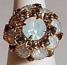 VINT COCKTAIL MILKY OPAL & GREEN RHINESTONE TIERED RING STRETCH GOLD BAND