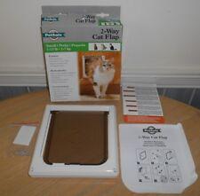 Small 1-15 lbs PetSafe 2 WAY Indoor CAT FLAP  CD10-050-11 Pet Safe Dog