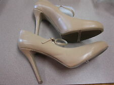 Nine West Women's Msknoitall Mary Jane Pump, Natural Leather, Size 10