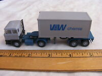 Vintage HO Scale Wiking Cargor Hauler With Cargor                  b