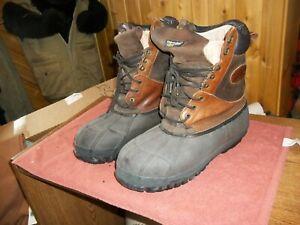 CABELAS Men's Snow Boots Very Warm Sz 11 D