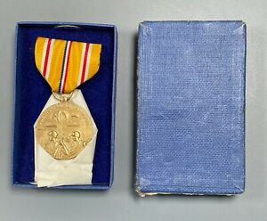 WWII US Navy Asiatic Pacific Theater Campaign Medal Made by US Mint in Box