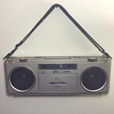 Vintage Boombox Pioneer FM/AM Stereo Radio Cassette SK-210