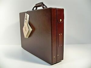 """Hartmann Cordovan Belting Leather Attache 4"""" Briefcase with Fan File"""