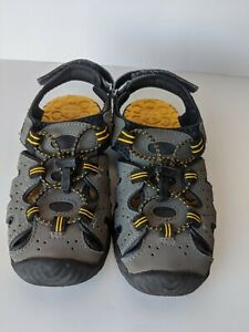 Khombu Boys Sz 1 Kyle Sandals Gray Yellow Straps Bungee Cord Hook And Loop