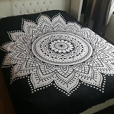 Black & White Tapestry Wall Hanging Mandala Hippie Bedspread Throw Bohemian UK