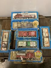 Life Like HO Scale Santa Fe 3500 Diesel Engine With 6 Cars Train Set In Boxes