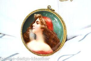 Anhänger Amulett Handmalerei Roma Zigeunerin Portrait Lupenmalerei Porzellan ?