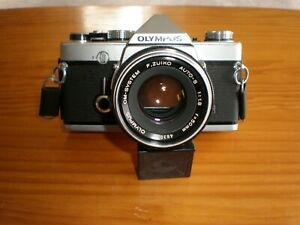 Vintage Olympus Om-1 35mm Camera Great Condition Silver