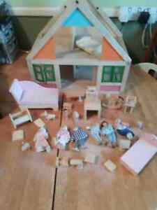 Vintage Plan Dollhouse wooden doll's house with many accessories
