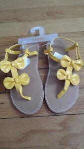 NWT Gymboree Preppy Peach Girl's Yellow bow sandals Sz 12