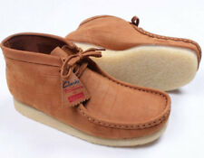 SUPREME x Clarks Originals Wallabee Cognac brown nubuk 8 box logo 63443 F/W 12