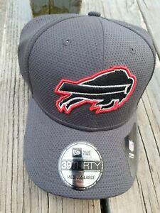 BUFFALO BILLS New Era 39Thirty Flex Fit HAT / CAP Pop Tech Medium-Large NEW