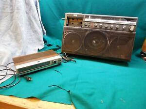 Vintage Magnavox Digital Alarm Clock Radio MAGNAVOX BOOMBOX D8443 GHETTO BLASTER