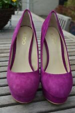 Ladies Aldo Cerise Shoes - Size 5