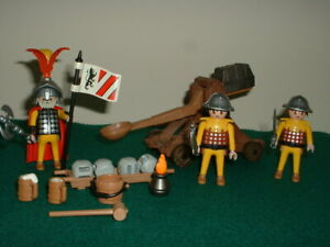 Playmobil Castle Knights - Catapult & Knights Set 3653 Complete.