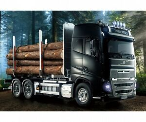 Tamiya 300056360 - 1:14 RC Volvo FH16 Wood Transporter - New