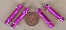 1:12 Scale Set Of 4 Pink Paper Christmas Crackers Tumdee Dolls House Miniature B