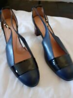 Robert Clergerie Shoes Navy Leather and Black Patent Ladies Size 39