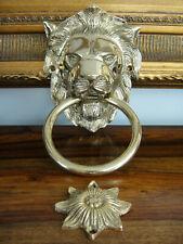 Löwenkopf als Antik Türklingel Löwe Klingel gefertigt aus Messing Hstorismus