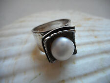 Silpada Hammered Sterling Silver Freshwater Pearl Ring  R0898  RE388
