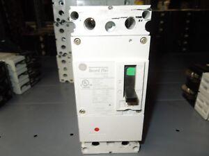 GE Record Plus FBN26TE015RV 15A 2P 600V Circuit Breaker w/ panel Connectors Used