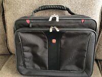 Wenger Swiss Army Laptop Computer Case Shoulder Bag Messenger Briefcase Black
