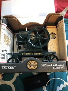 "McCormick-Deering Model ""M"", Ertl 1/6 Scale Die-Cast Metal Toy #4351"