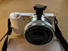 Sony Alpha ILCE-5100 24.3 MP Digitalkamera - Weiß (Kit m/ E PZ 16-50mm f/3.5-5.6