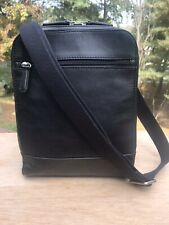 FOSSIL BLACK COWHIDE LEATHER MESSEN