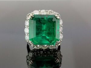 Certified 18.00 Carat Colombian Emerald & Cubic Zirconia 925 Silver Wedding Ring