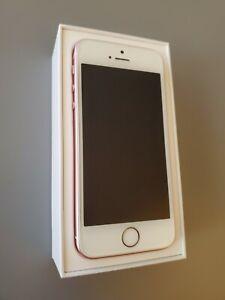 Apple iPhone SE - 16GB - Rose Gold (U.S. Cellular) A1662 (CDMA + GSM)