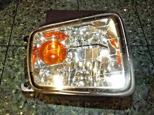 01-03 USDM OEM Infiniti QX4 R50 front bumper turn signal light lamp assembly FR