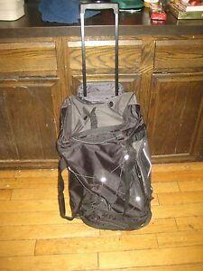 Eddie Bauer Duffel Bag Rolling Wheeled Travel Black Pockets 26x15x10 3900 cu in