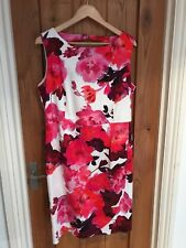 BNWT Ladies Phase Eight Dresses Size 16 pink and cream dress. winter wedding