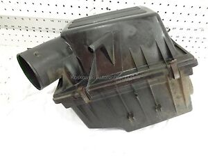 Jeep Grand Cherokee Air Cleaner Assembly 1998 4.0L OEM