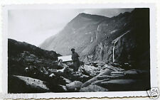 photo ancienne .Alpes . col de la Gura . l4alliet .   1934 .