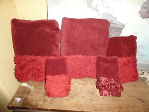 CROSCILL CHAPEL HILL ROSIE POSIE ROSETTE RED WINE (5P) BATH, FINGERTIP TOWEL SET