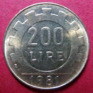 *ITALY, Vintage 1981  200 LIRE COIN, from Republica Italiana, NICE Pre-EURO COIN