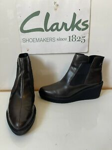Clarks Chelsea Leather Boots Size UK 7.5 EU 41.5
