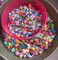 (20) Shopkins Random Surprise Lot of 20 - No Duplicates - All Seasons! EUC