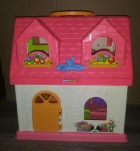 Fisher Price Little People Surprise and Sounds Folding Doll HouseWith 7 People